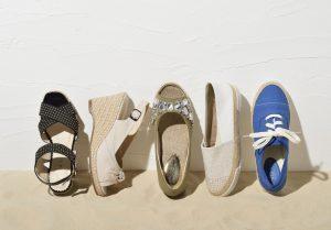 サンダルなどの夏用の靴