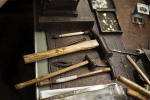 象嵌屋の仕事道具