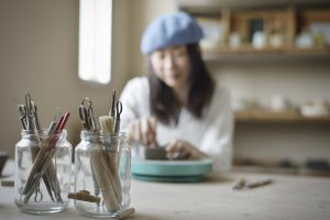 女性アーティスト