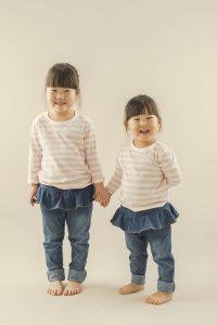 姉と妹のポートレイト