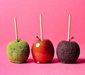 りんご飴が3本